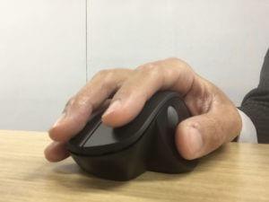「親指スクロールマウス」に買い替えたら、手が疲れなくてとても快適!